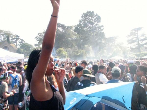 420-hippie-hill-600x450