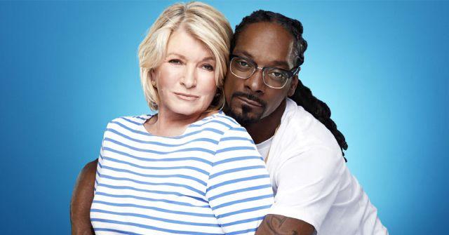 Snoop Dogg & Martha Stewart Talk Weed in New Super Bowl Ad